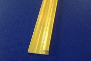 nẹp bo vièn mb3.5 màu vàng bóng