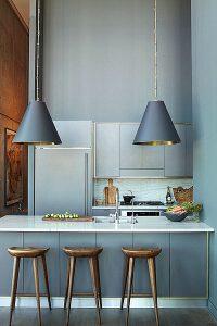 Trang trí nhà lộng lẫy nhờ sự kết hợp của sắc vàng và bạc ánh kim 6