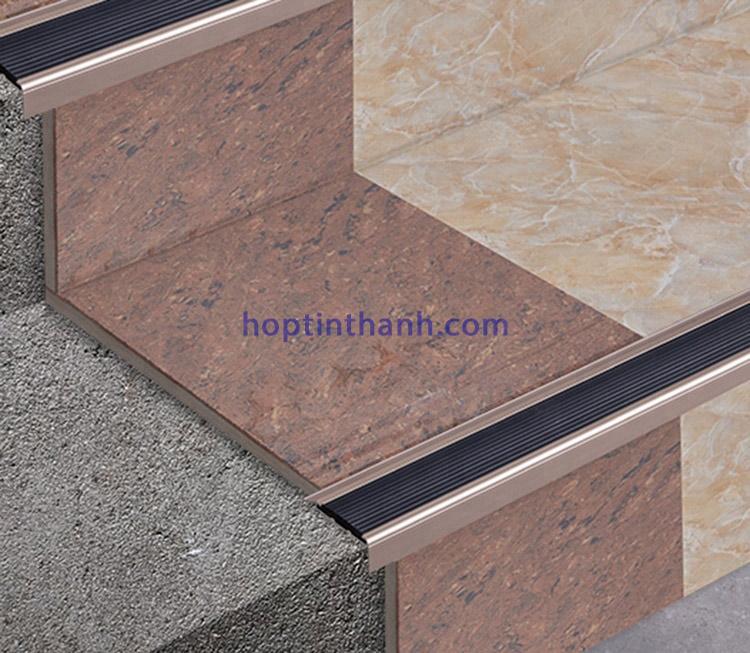 Mô tả ứng dụng nẹp chống trơn hợp kim nhôm