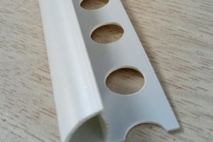 Nẹp nhựa bo góc tròn YS10 màu trắng